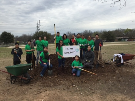 photo of Odom Park volunteers